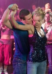 Люби и танцуй (2009)