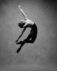 jump_men_06